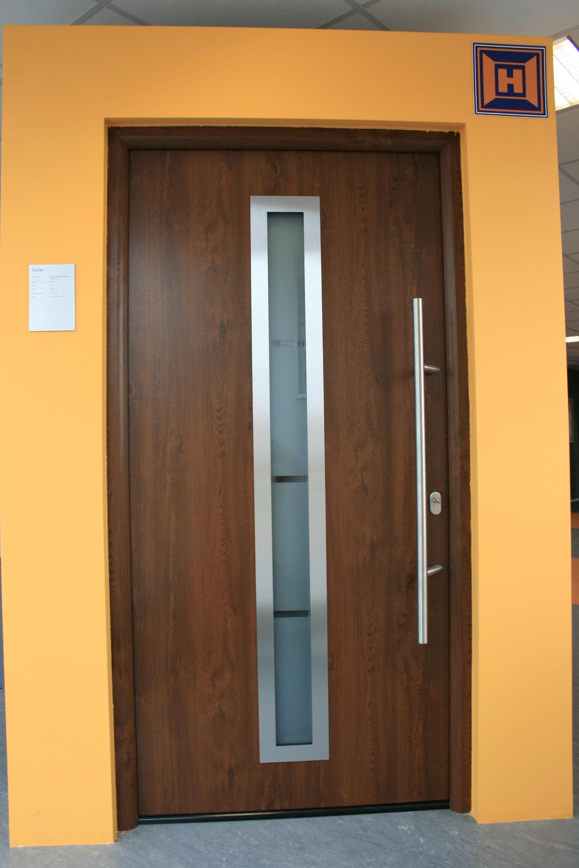 Plastové vchodové dveře prosklené