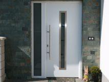prosklené vchodové dveře