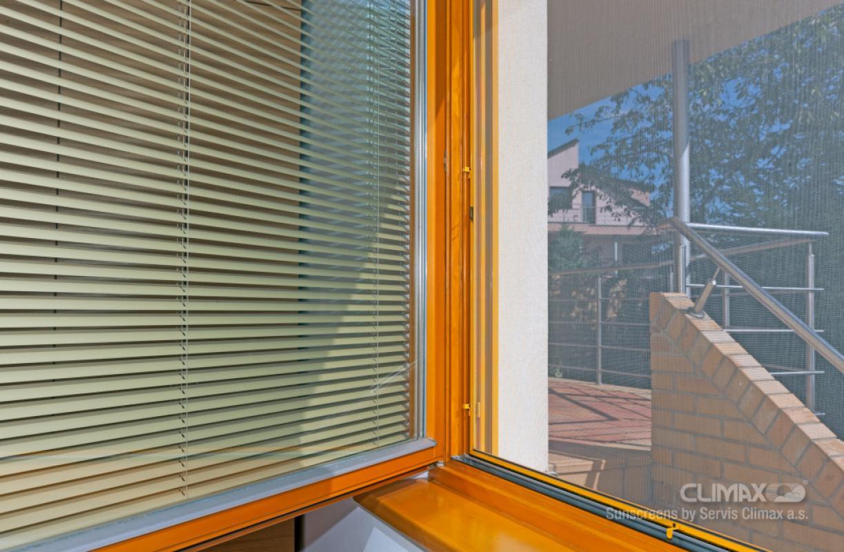 sítě na okna