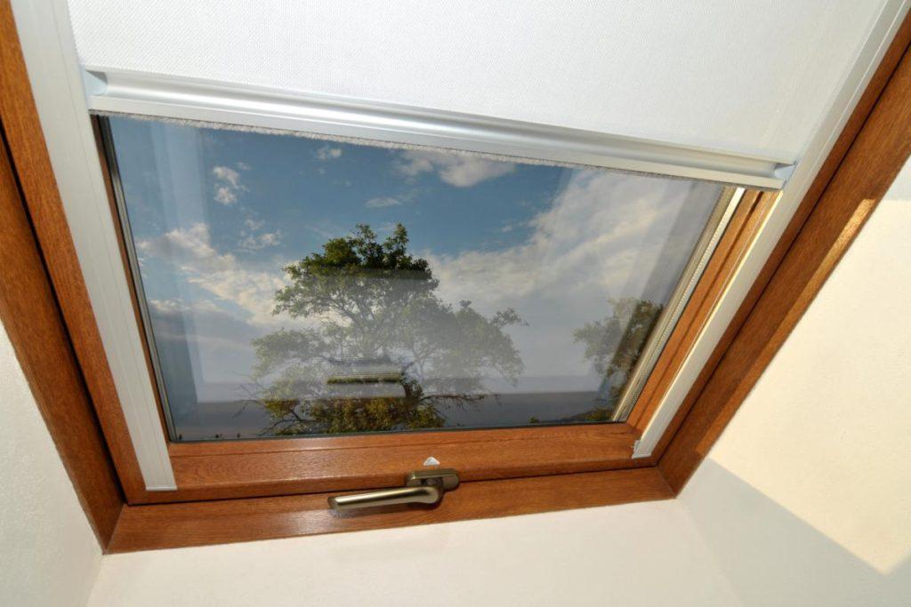 rolety na střešní okna montované firmou Seidler